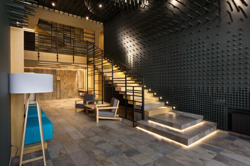 Лестница для дома на второй этаж дизайн фото 2