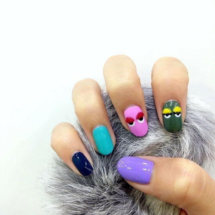 ногти-с-помпонами-pom-pom-nails-фото6.jpg