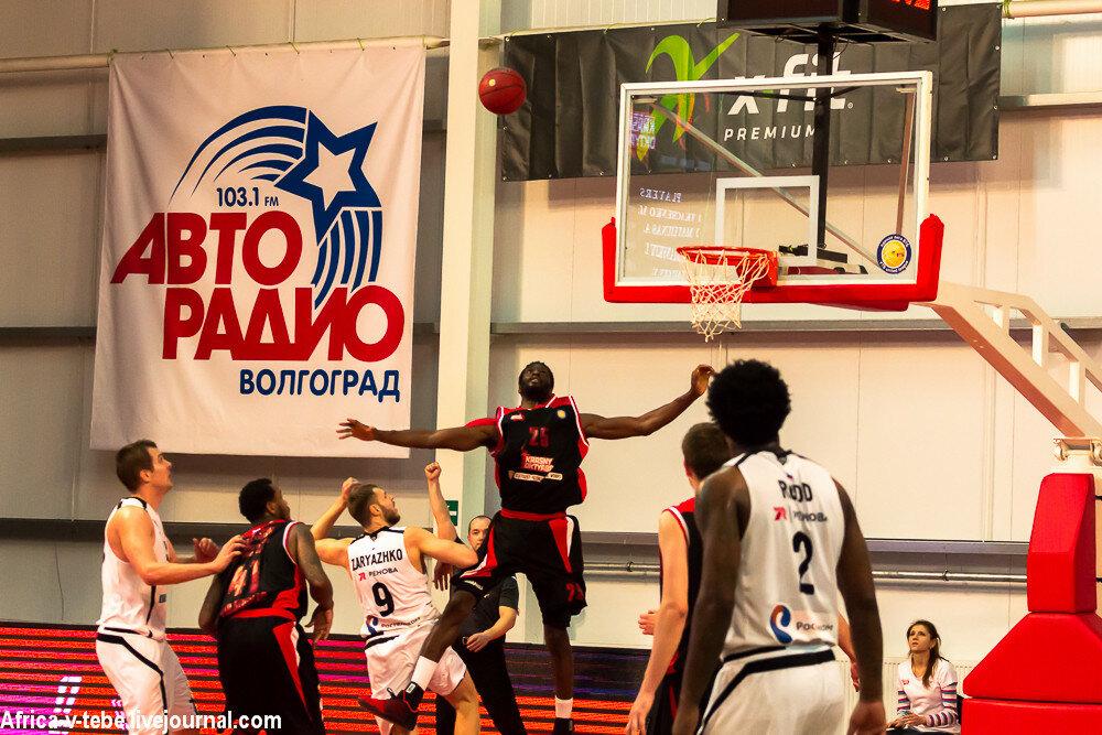 Basketball-10-03-9800.JPG
