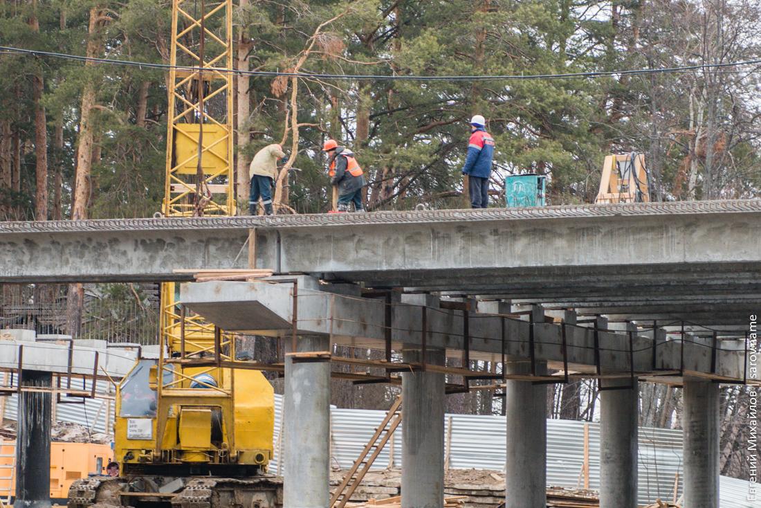 строители моста