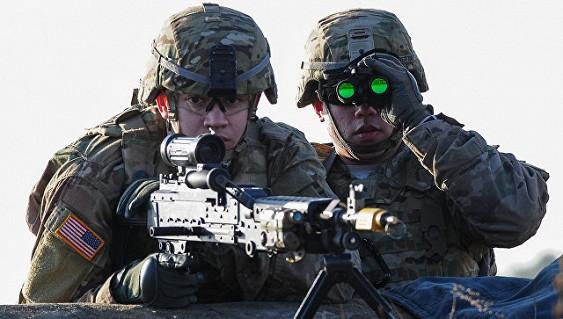 ВТаллине прошел марш против размещения военной техники США