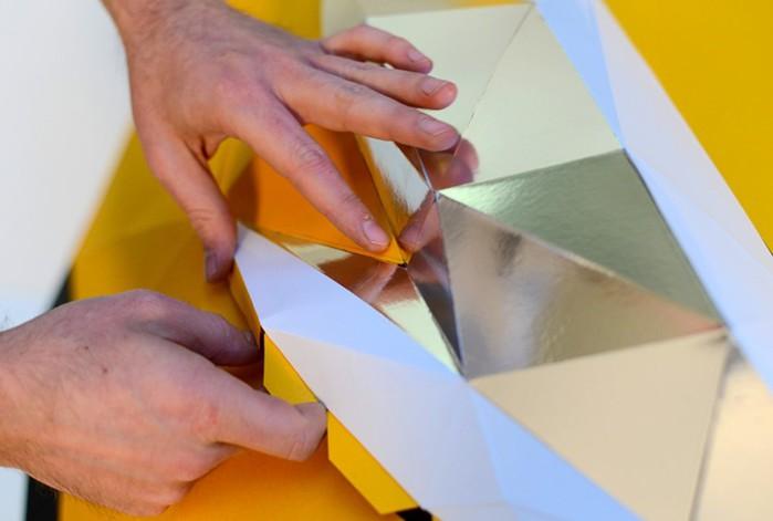 Оригами: автомобиль Nissan Juke из бумаги в натуральную величину (фото, видео)