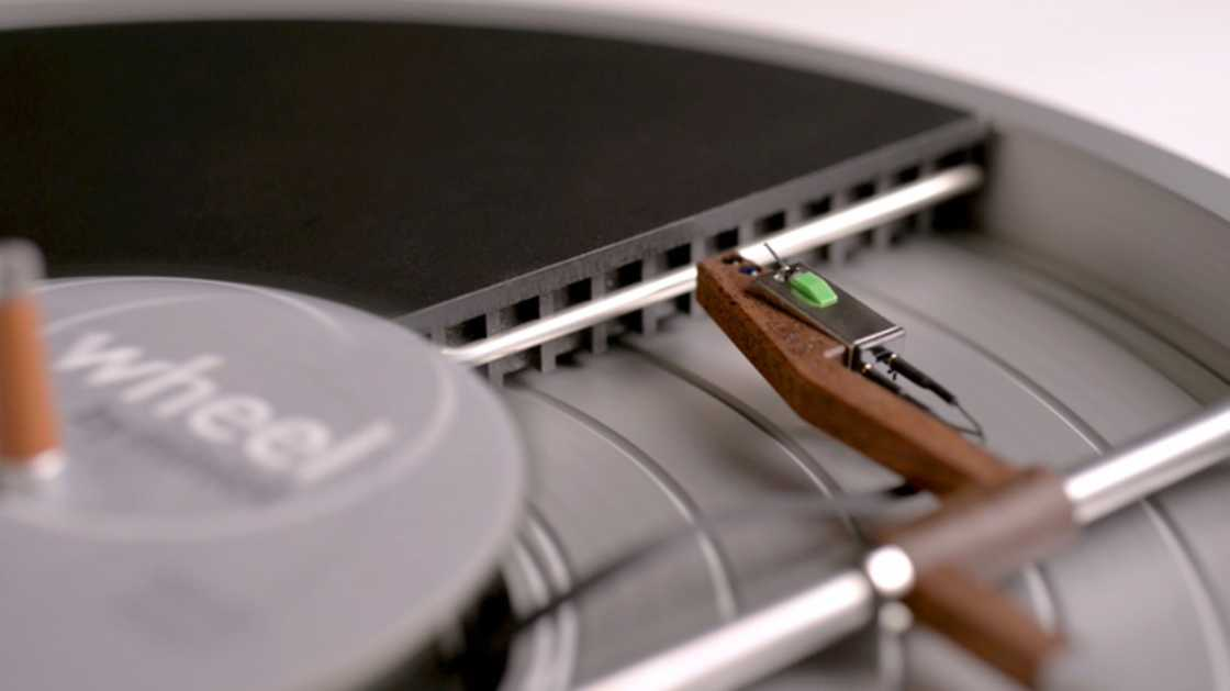 Wheel - The minimalist vinyl turntable