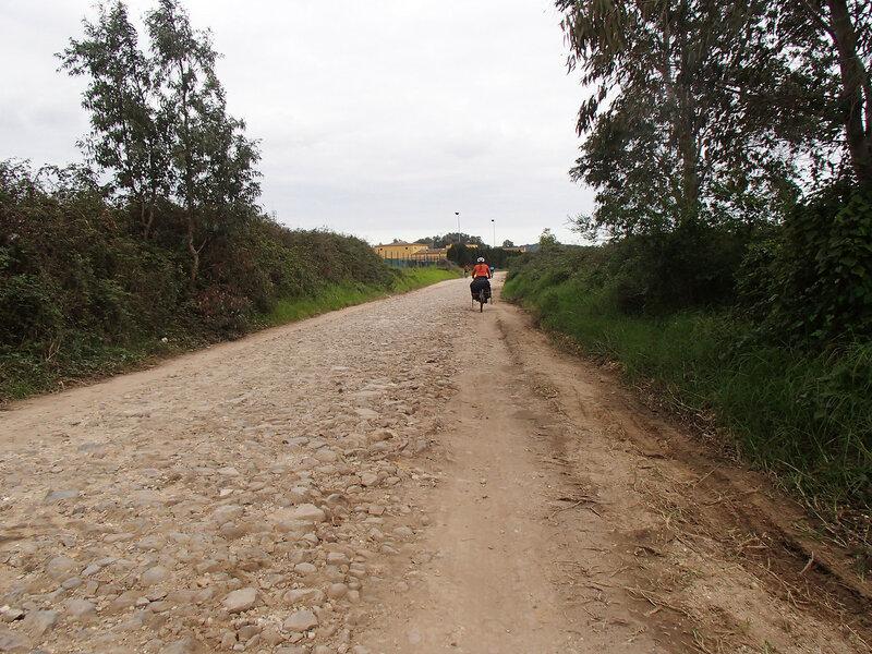 разбитая дорога в андалусии