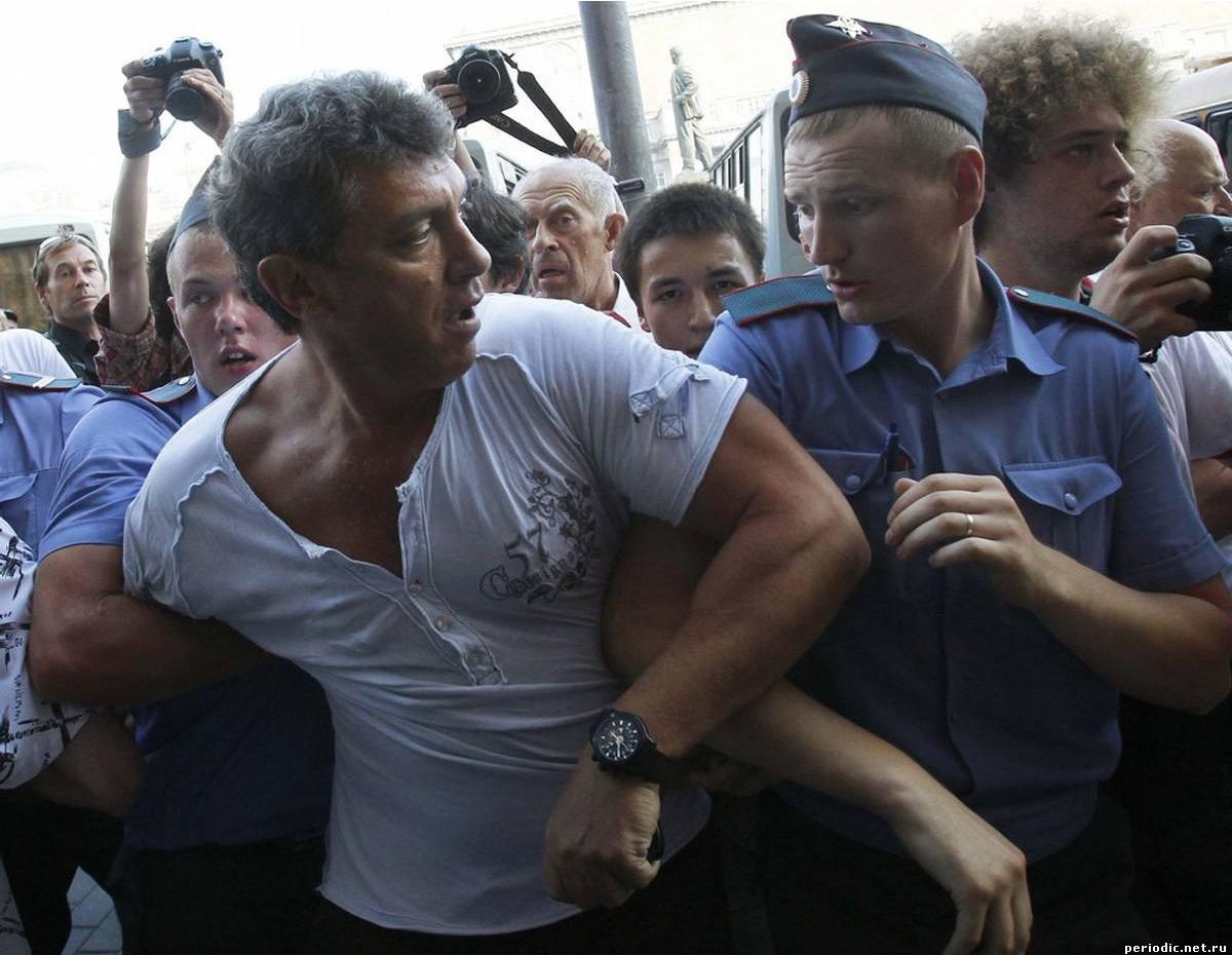 Немцов, полиция и Варламов