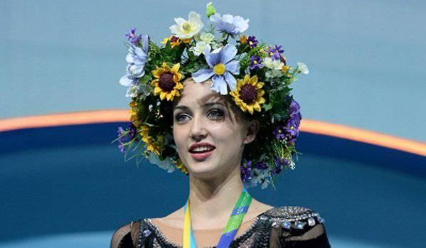 За Родину хочется всех порвать! В сети появилось патриотическое видео с крымской гимнасткой Анной Різатдіновою