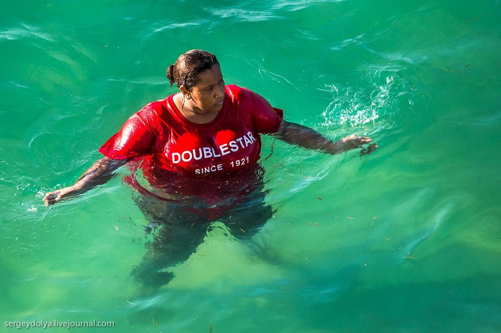 Фото и видео купающихся африканских женщин фото 549-527