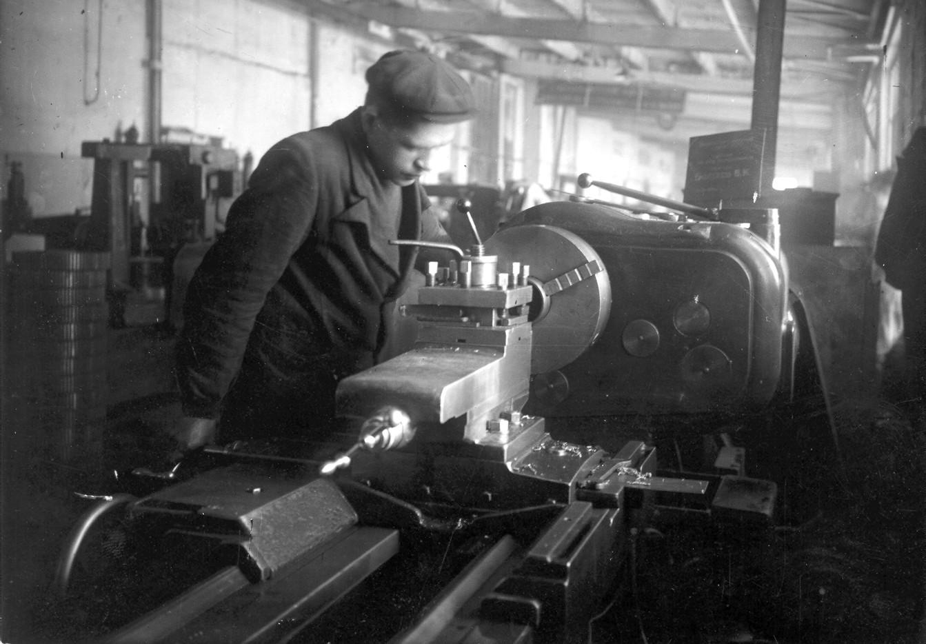 История промышленности в фотографиях: АО «АП Саратовский завод резервуарных металлоконструкций»