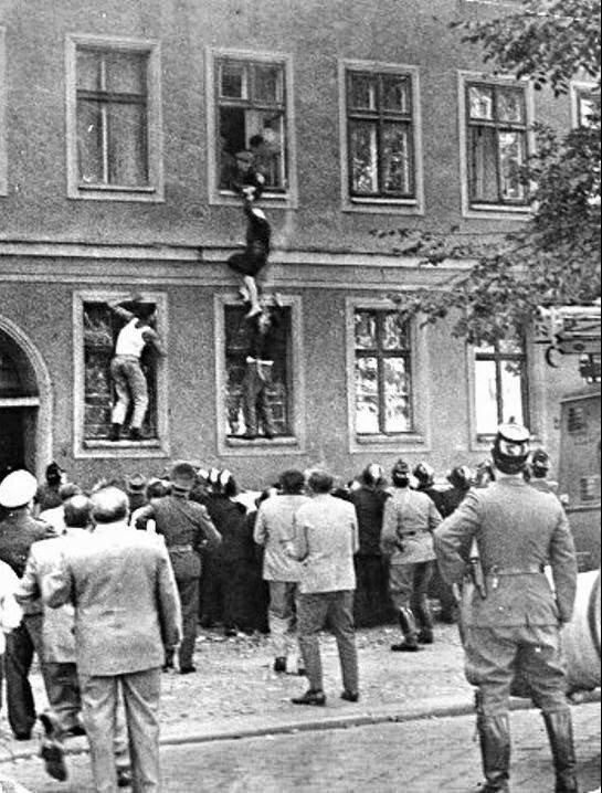 Побег из ГДР, 1950–е, Берлин