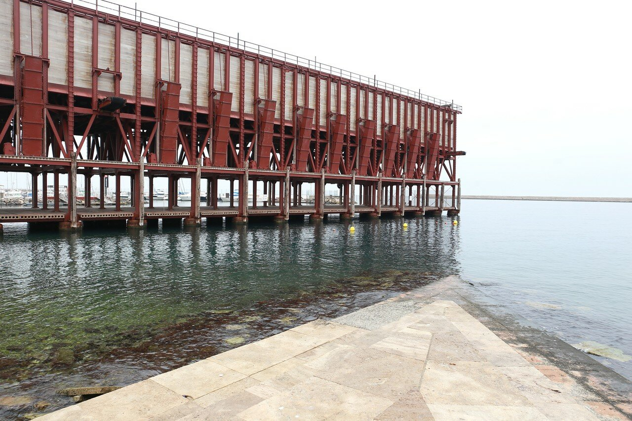 Almeria, Cable Inglés, Mineral loading stucture