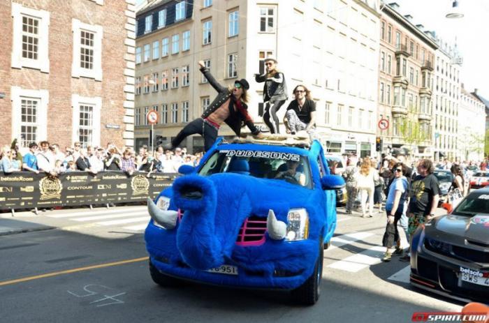 Gumball 3000 – это, скорее, шоу, чем гонка. Именно раздутый пузырь, распиаренный и раскрученны