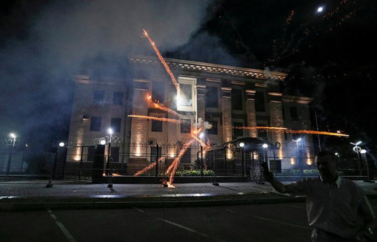 Украинские радикалы пробуют сорвать выборы в Государственную думу