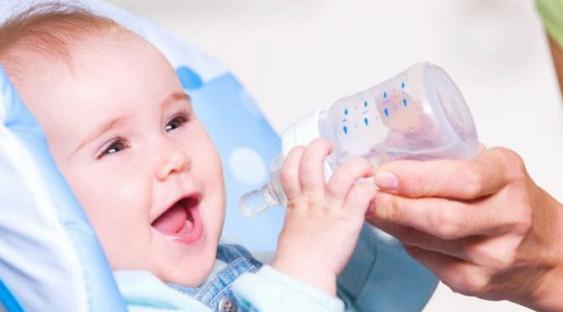 Ученые: Стерильно чистая вода может вызывать астму удетей