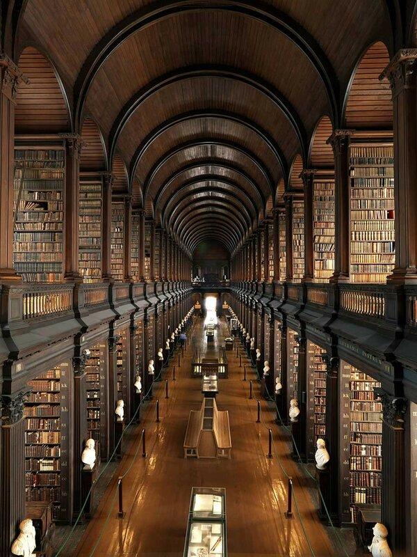 Trinity College, Дублин, Ирландия.