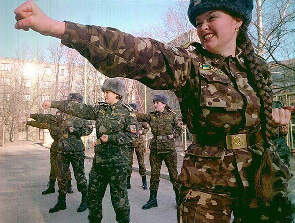 Украина наносит ответный удар.jpg