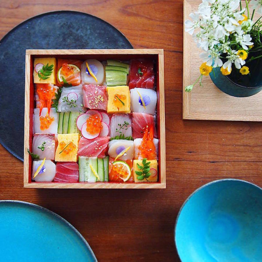 Mosaic Sushi Trend Turns Lunches Into Visual Works (8 pics)