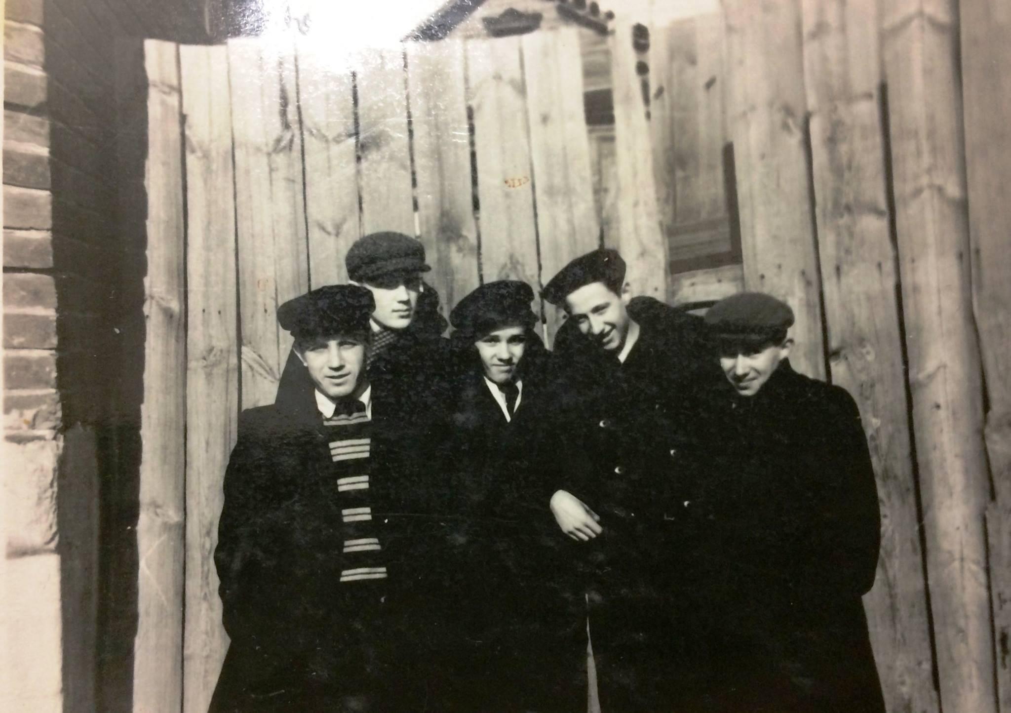 1950-е. Фотография с народным артистом РСФСР Валерием Гатаевым