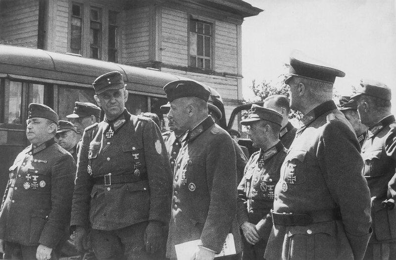 немецкие генералы, пленные немцы, немецкие военнопленные, немцы в плену, немцы в советском плену