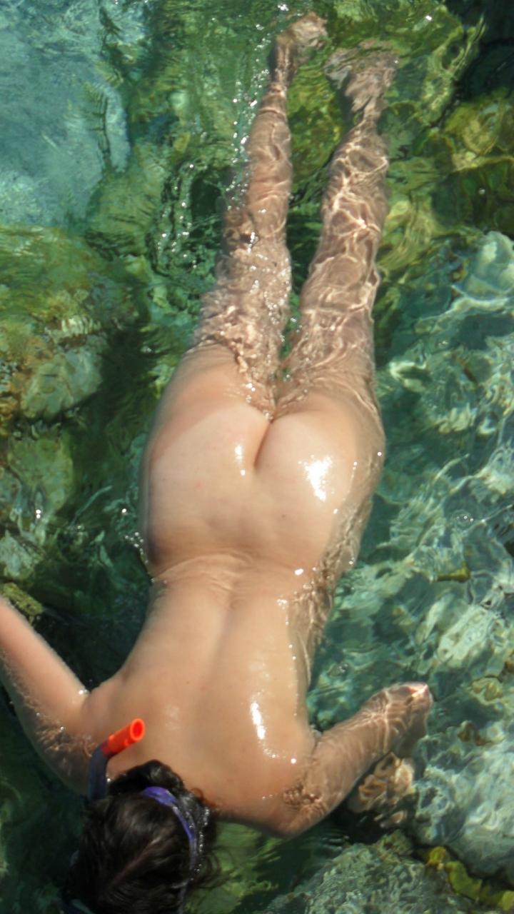 eroticheskie-podvodnie-foto