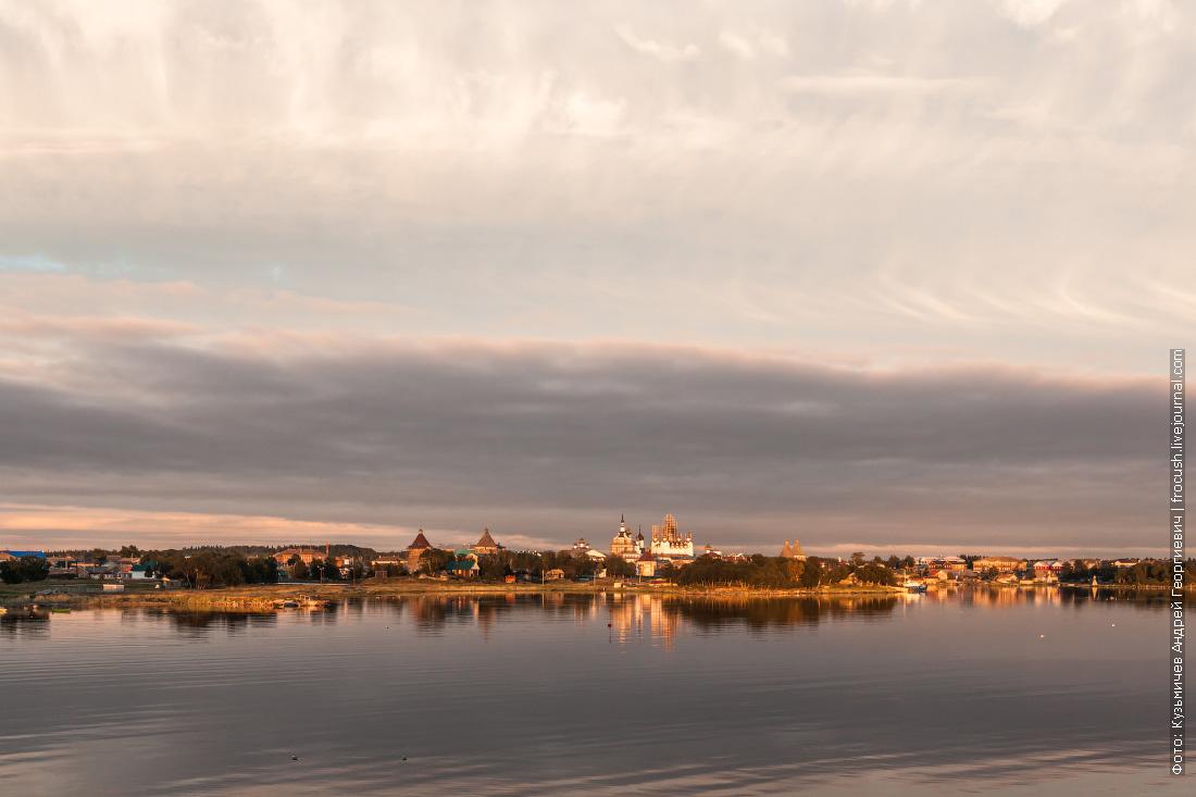 Соловецкий монастырь вечернее фото