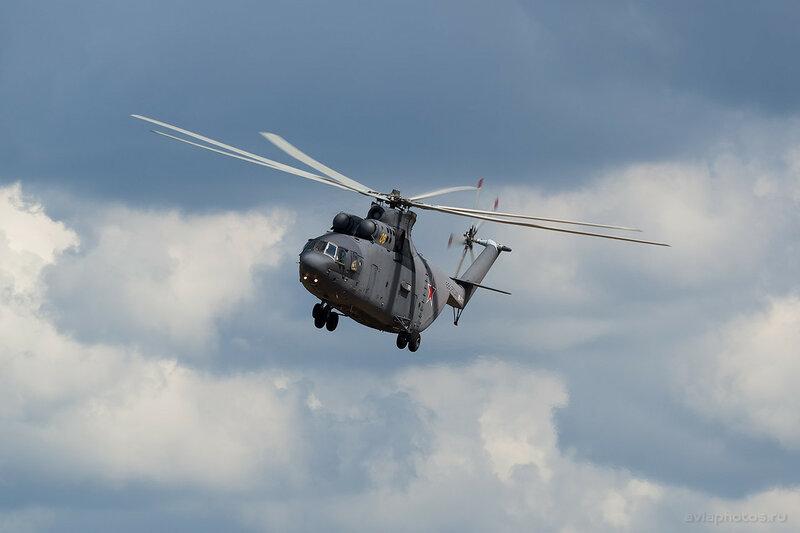Миль Ми-26 (RF-95568 / 06 желтый) ВКС России 0810_D806094
