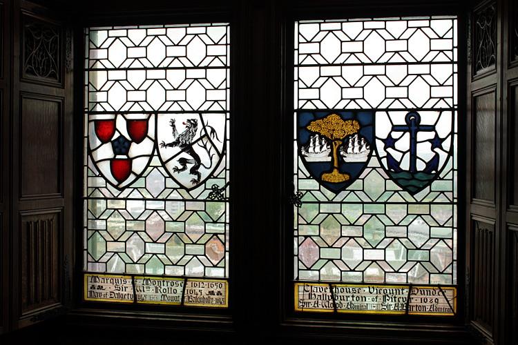Edinburgh-Castle-stain-glass-3.jpg