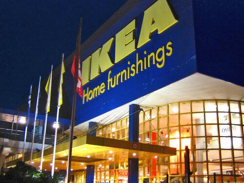 IKEA не хочет видеть пожилых людей в своем кафе