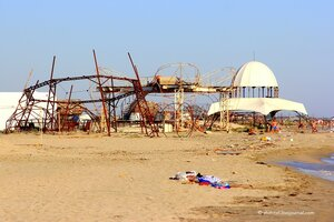 Осколки Республики: Пляжваш или крымская заброшка