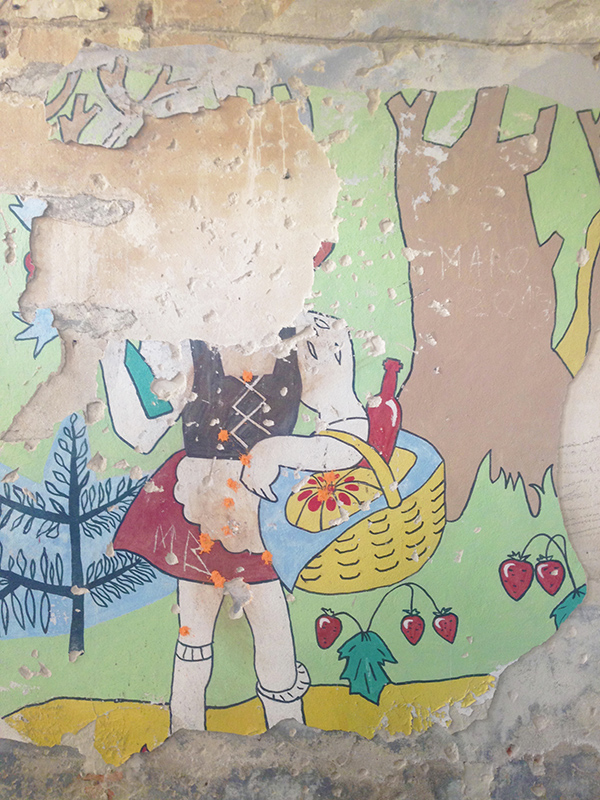 Сокровенная ностальгия: о чем могут рассказать стены заброшенных советских квартир