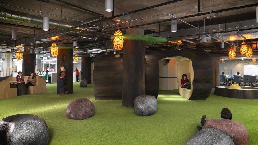 4. Чикагский офис Groupon Чикагский офис Groupon предлагает сотрудникам отдохнуть в тематической зон