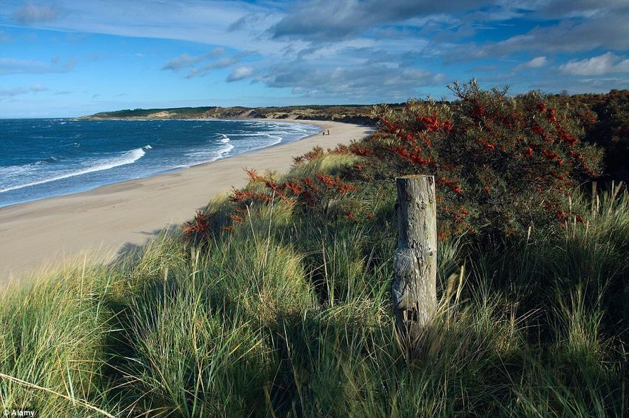 9. Обширный пляж Гуллан.