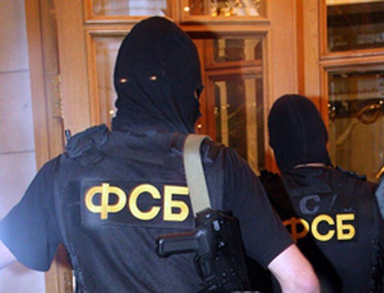 ВХабаровске мед. сотрудники сражаются зажизнь пострадавшего при нападении наприёмную ФСБ