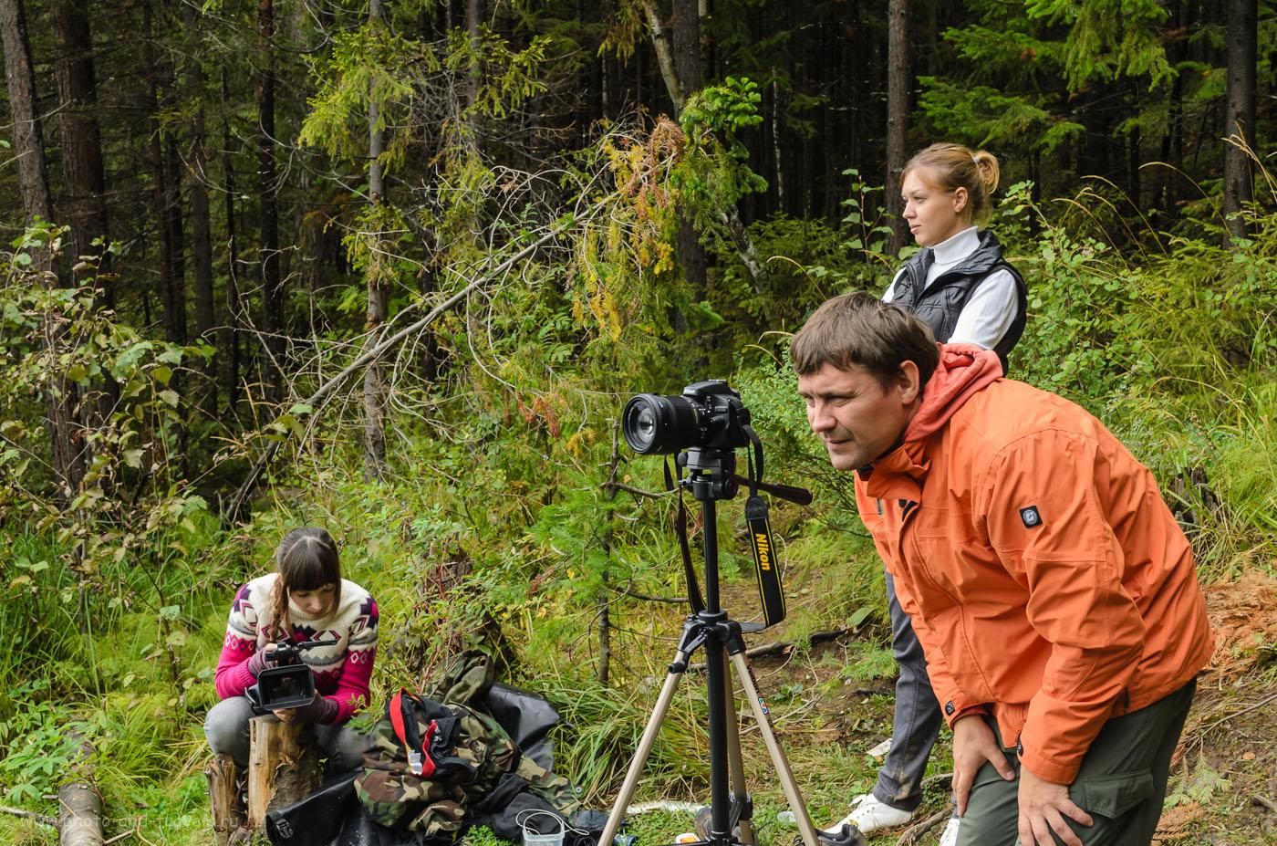 Фотография 11. Пленэр на берегу озера Бездонное. Так выглядит любительская зеркальная камера Nikon D5100 с объективом Sigma 18-250, установленная на штативе. 1/30, 8.0, 34, 280.