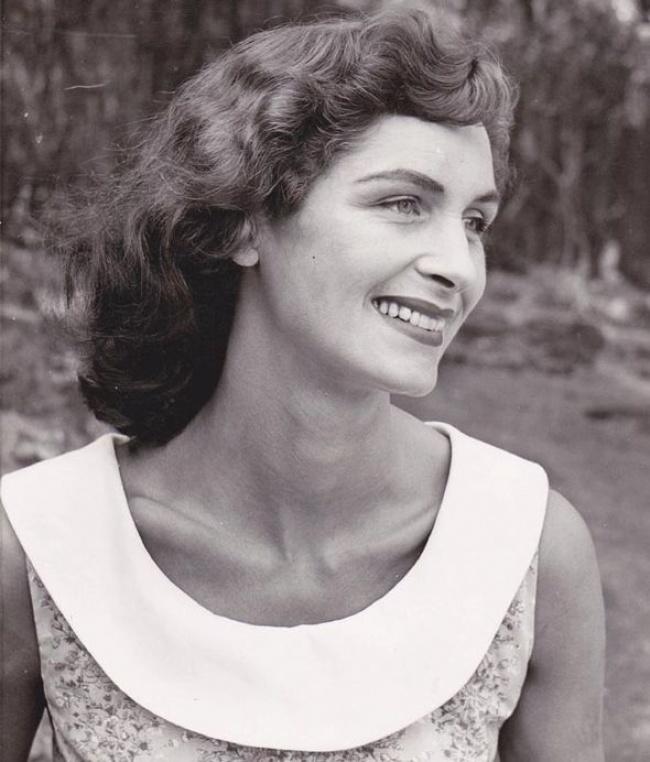 6. Дафна стала моделью в 50-е, в 20-летнем возрасте. Ее ценили за классические черты лица, огромные