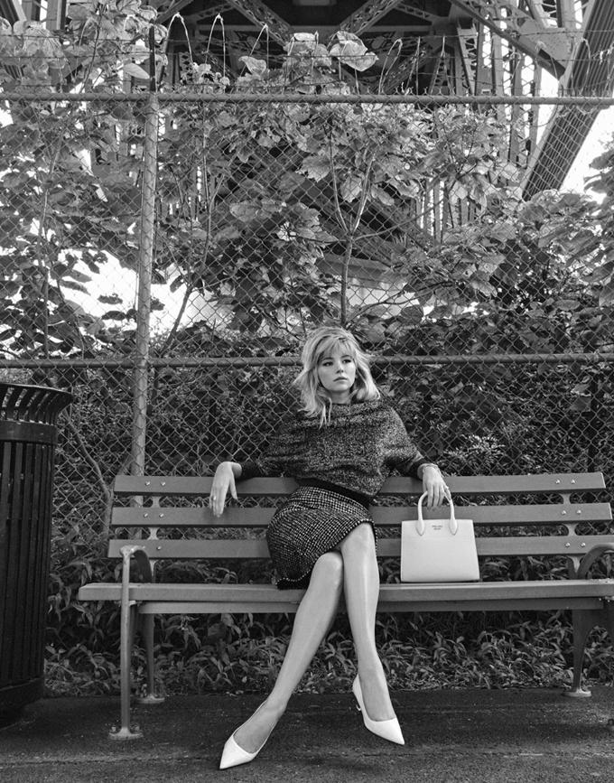 Хейли Беннетт на обложке The Edit