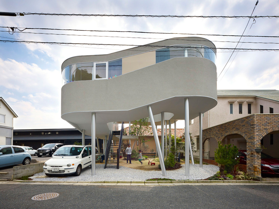 Toda House – птичье гнездо от архитектора Kimihiko Okada (26 фото)