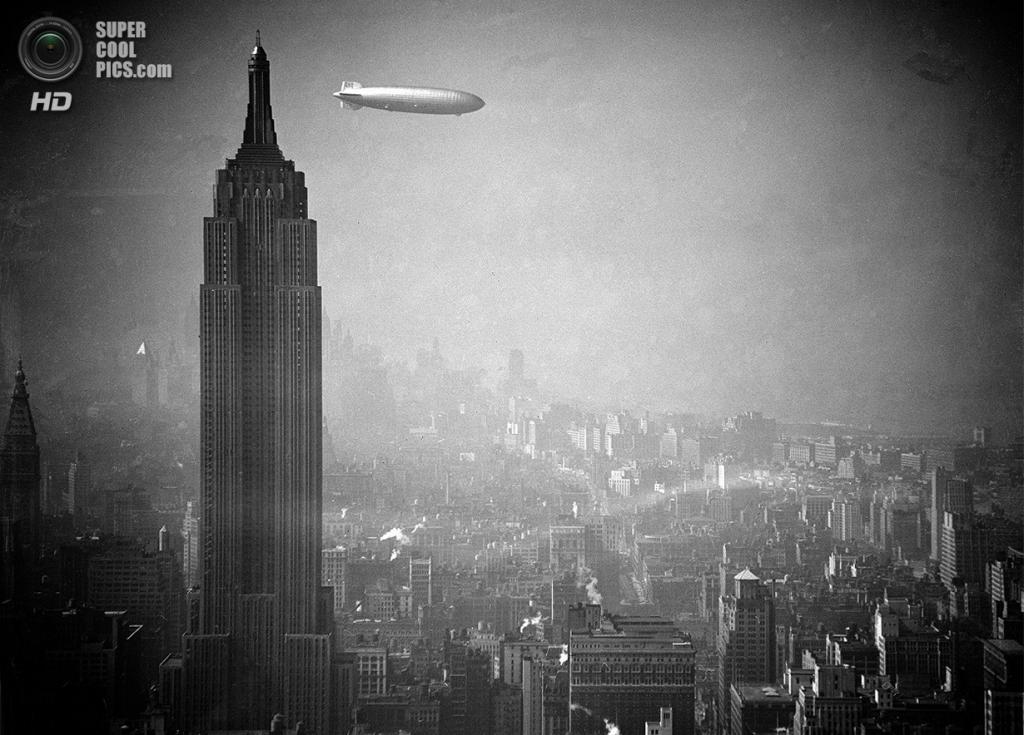 США. Нью-Йорк. 8 августа 1936 года. Немецкий дирижабль «Гинденбург» проплывает мимо Эмпайр-стейт