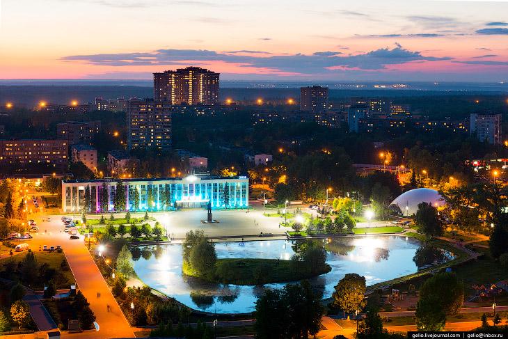 Фотографии и текст Славы Степанова   1. Город Одинцово — молодой, он получил этот статус тол