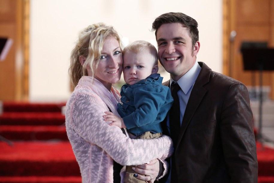 Кристал Бассет со своим нынешним супругом, пастором Дэвидом, и их сыном Картером. Своего нынешнего м