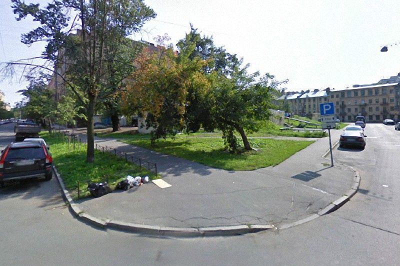 Сквер имени Виктора Цоя появился в конце прошлого года. Расположен в Петроградском районе Санкт-Пете