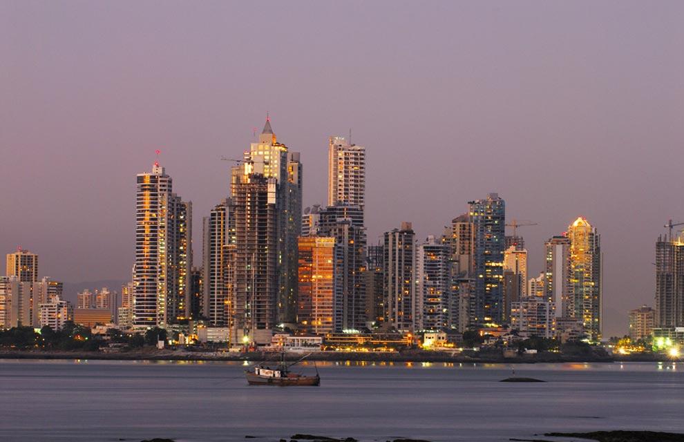 10. Современные гигантские небоскребы в Панаме тоже не редкость.