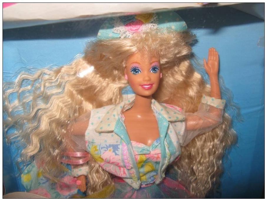 5. Барби, говорящая подростковыми клише На прилавках магазинов этот вариант Барби пробыл недолго, ве
