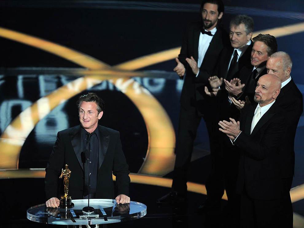 5. Роль Харви Милка в одноименном фильме принесла в 2009 году Пенну второго Оскара в номинации за лу