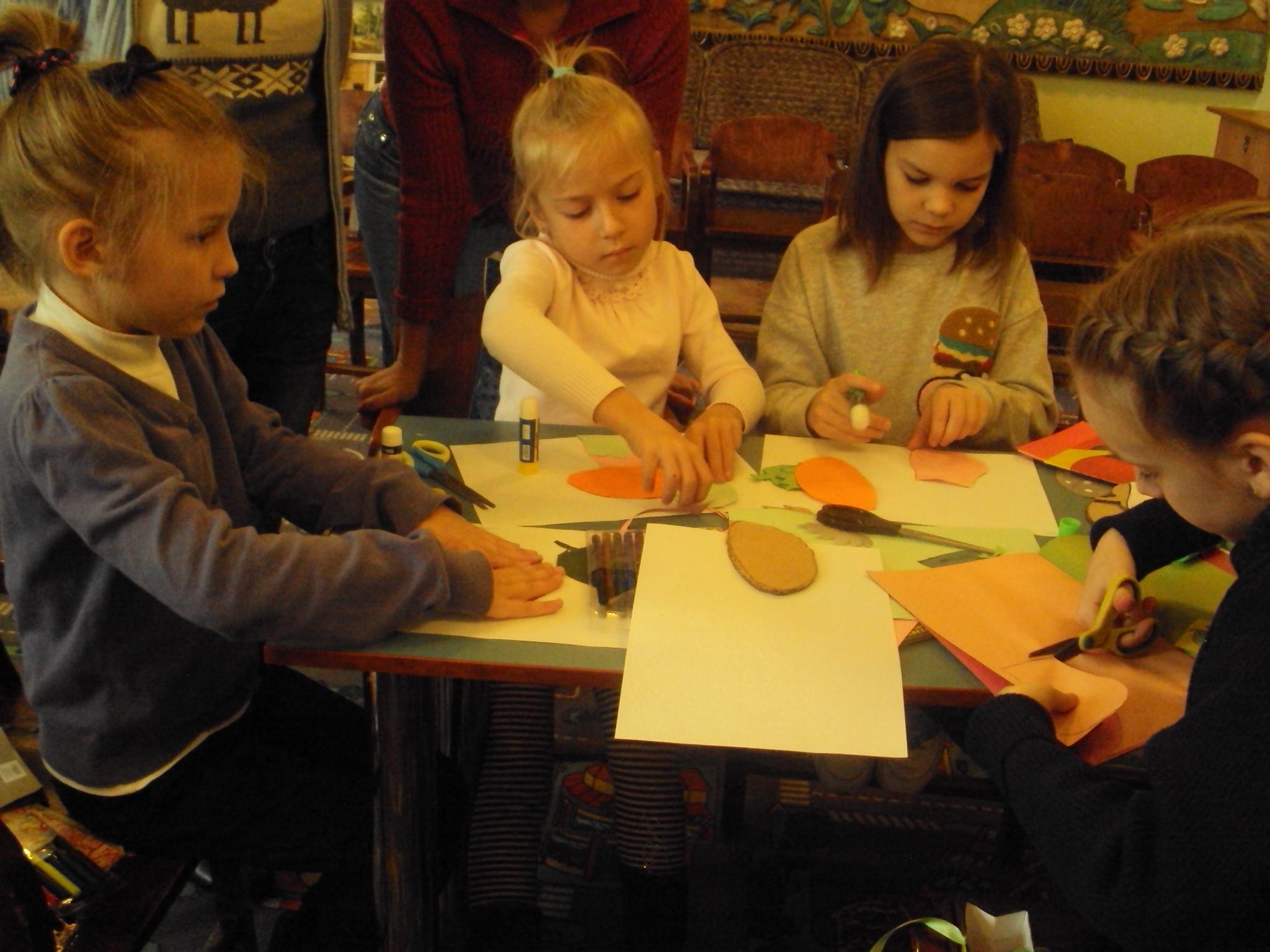 делу время потехе час, занятия с детьми, евгений шварц, донецкая республиканская библиотека для детей, донецкая школа №14