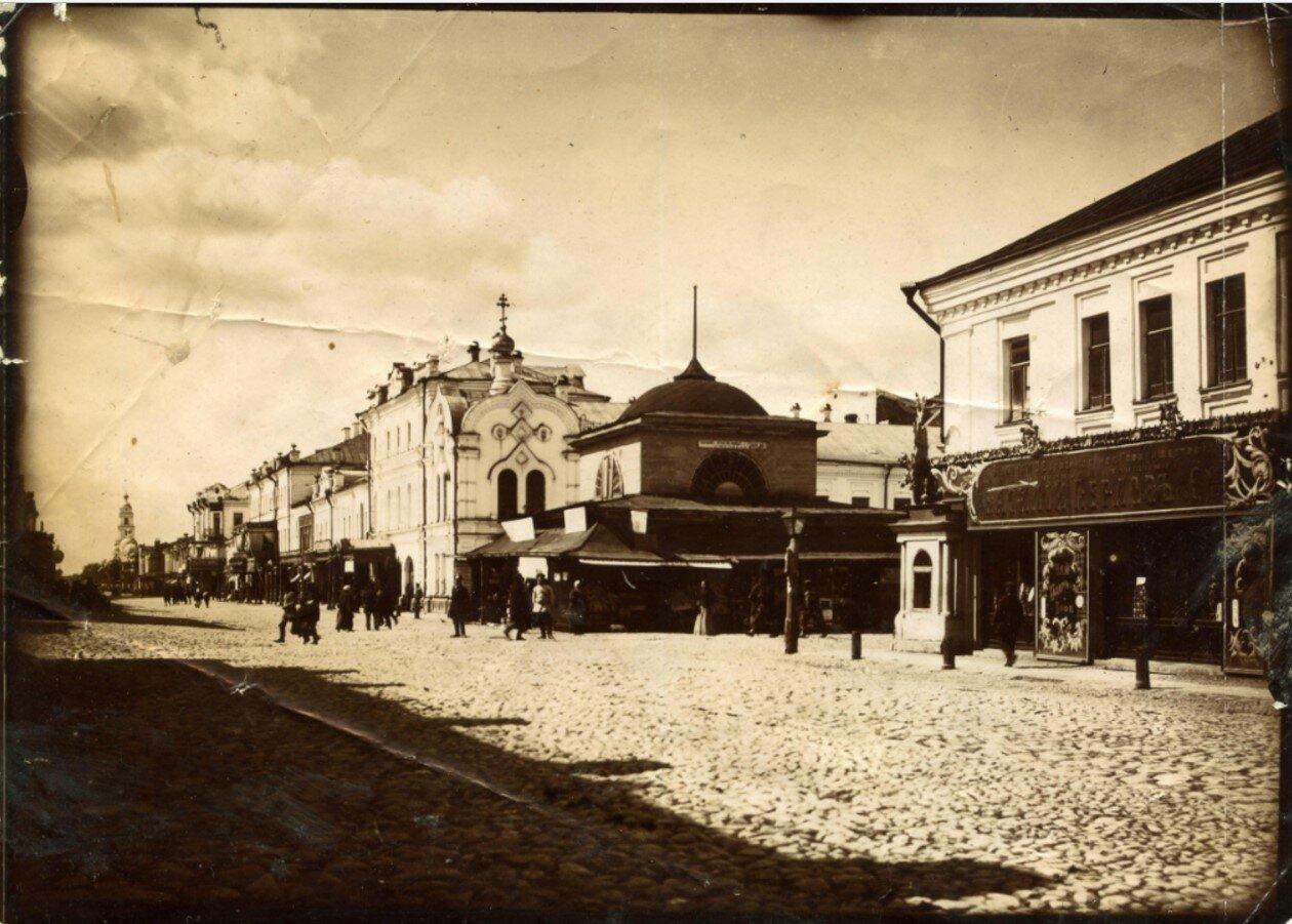 Крестовая улица возле часовни Югского подворья