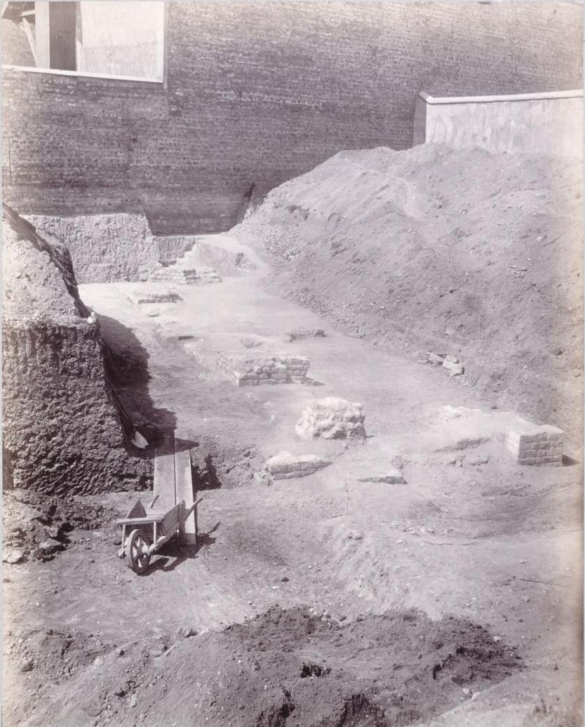 Рю де Аренас. Вид восточной части амфитеатра. 1883