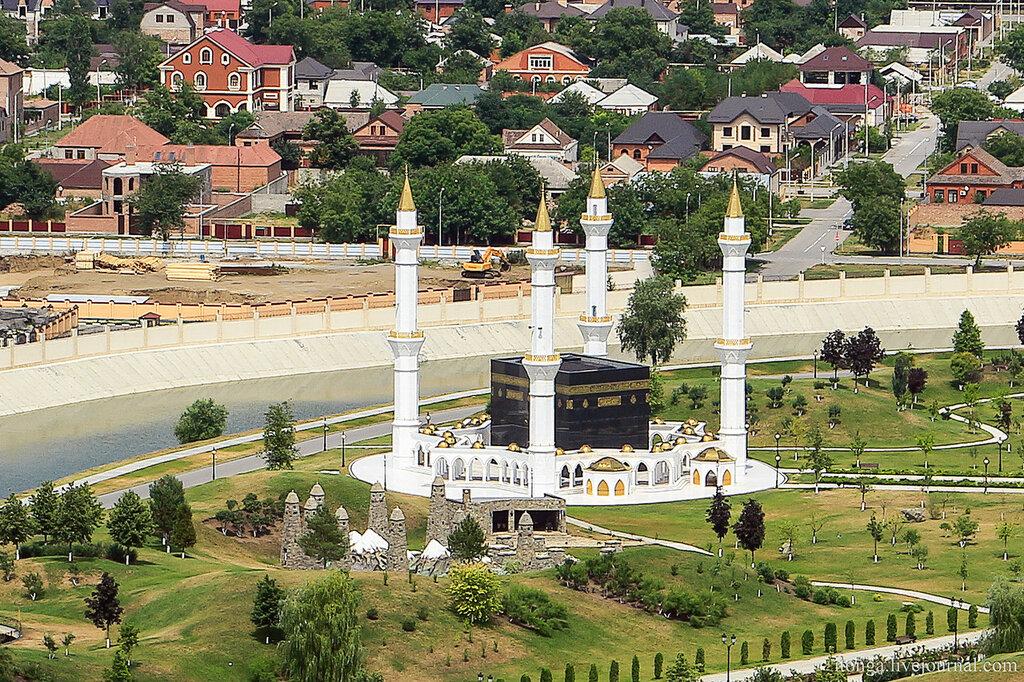 Грозный,экскурсия, Кавказ, Грозный, город республика, Чеченская Чечня, путешествие, Мечеть Абдул-Мутталиба бин Хамзата