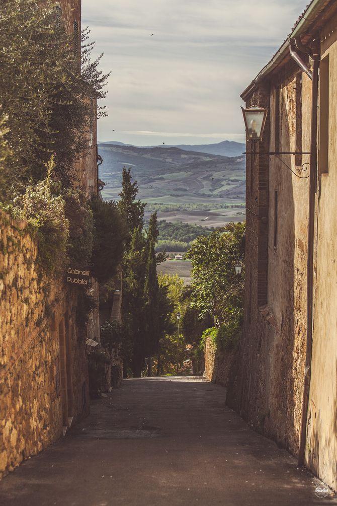 Опять справка с просторов интернета: «До 1459 года город Пиенца был обычной итальянской деревушкой с