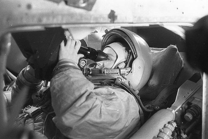 На протяжении многих лет после полета Валентины Терешковой советские женщины не поднимались в космос