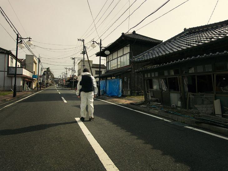 Красная зона отчуждения АЭС Фукусима (29 фото)